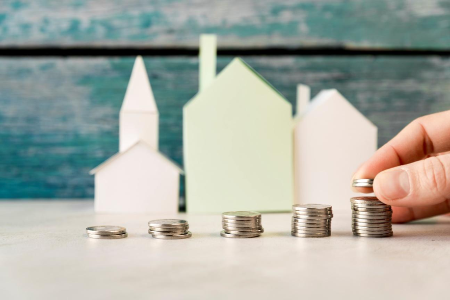 Outro setor da economia que deve retomar os índices de crescimento, neste ano, é o setor imobiliário.