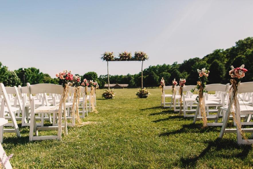 O local da cerimônia e recepção aos convidados deve seguir o estilo que você sempre sonhou